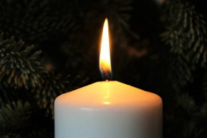 candle-1043316_640